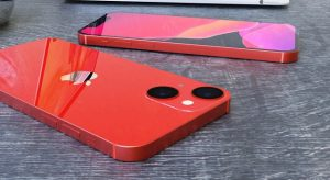 Koncepcióképeken az újabb kialakítású iPhone 13 Mini
